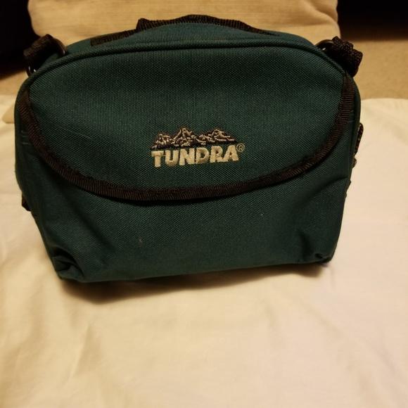 Tundra Handbags - 🥾🎒🏔 Tundra Waist Hiking Pack Like New👍